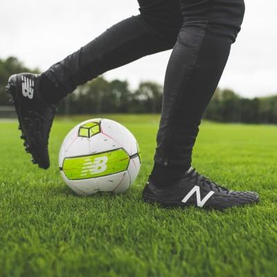 New Balance Visaro 2.0 Pro FG Herren Fußballschuhe Nocken schwarz